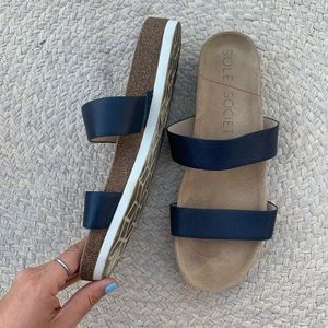 SOLE SOCIETY navy Double Banded Slides MAE 9.5